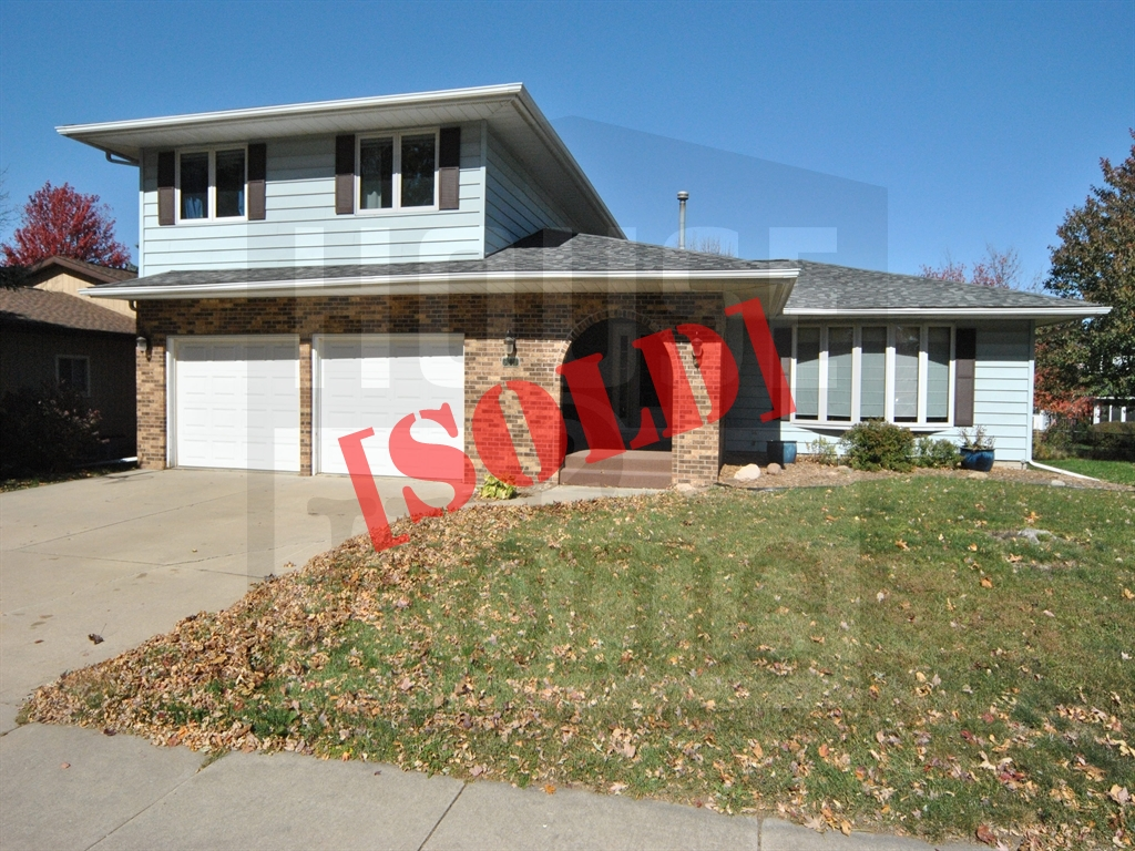 3210 27th Ave Marion, IA